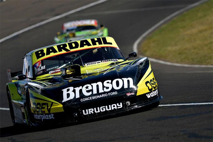 Lambiris con el Ford del Martínez Competición.