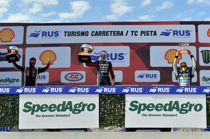 Londero, Jakos y Todino en el podio de San Nicolás.