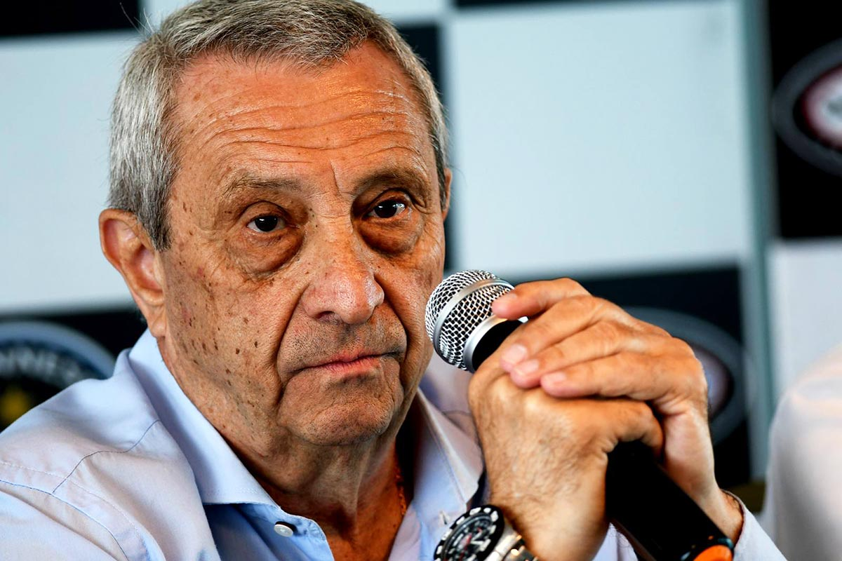 Hugo Mazzacane hablando
