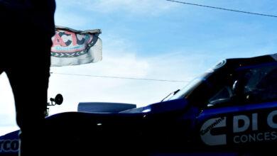 Auto de TC Mouras en boxes