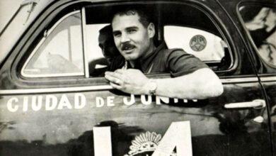 Eusebio Marcilla en su cupé Chevrolet