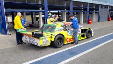 El Ford de Di Palma en los boxes de La Plata