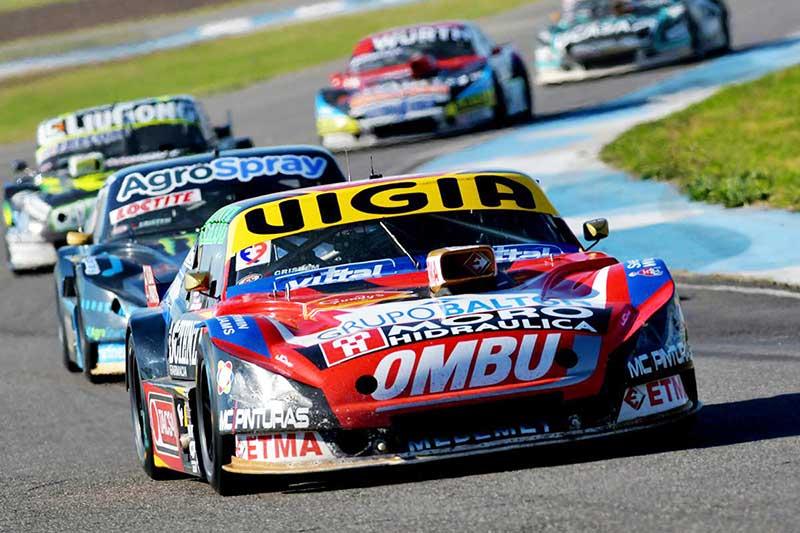 Facundo Ardusso con el Chevrolet