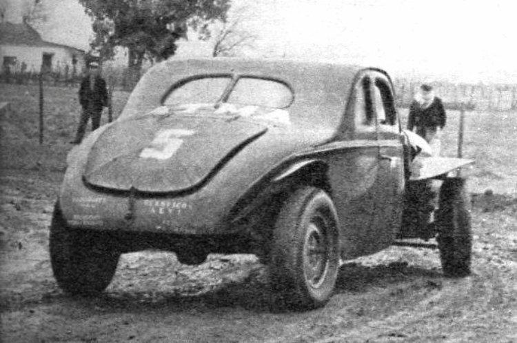 La coupé Ford de Juan Gálvez en Salto 1962